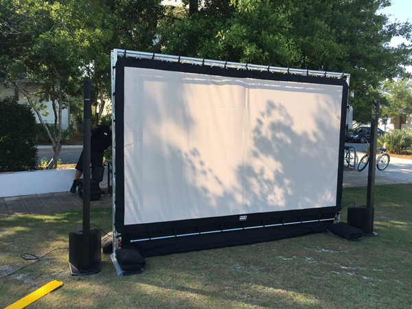 Outdoor Projector Screen